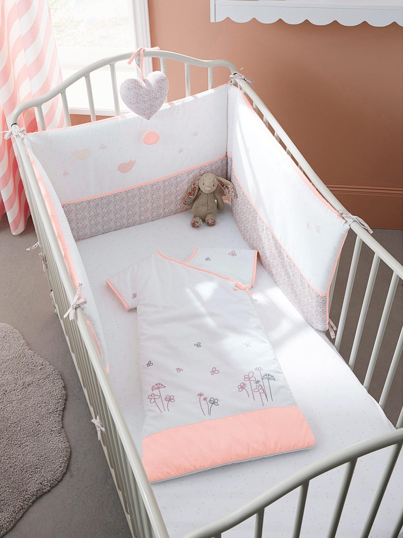 tour de lit vertbaudet ropa de cama y cuna vertbaudet felices sueos with tour de lit vertbaudet. Black Bedroom Furniture Sets. Home Design Ideas