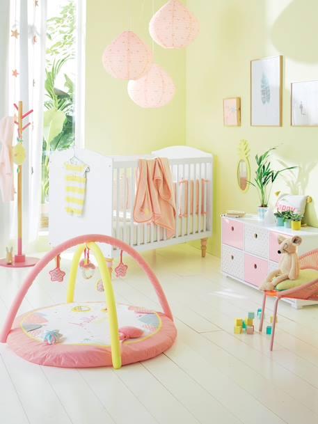 lit b b romantique barreaux blanc vertbaudet. Black Bedroom Furniture Sets. Home Design Ideas