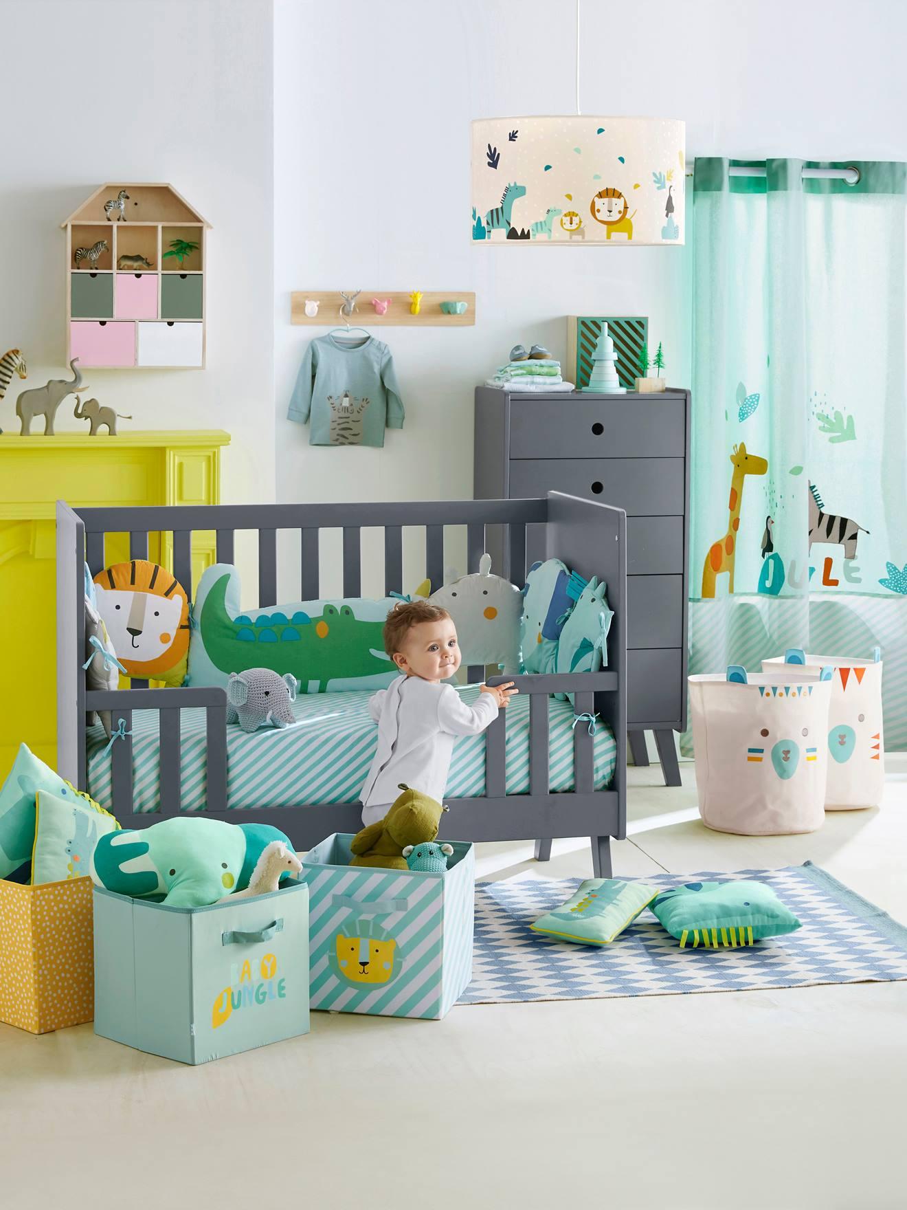 vertbaudet tour de lit trendy tour de lit thme petite muisque de nuit with vertbaudet tour de. Black Bedroom Furniture Sets. Home Design Ideas