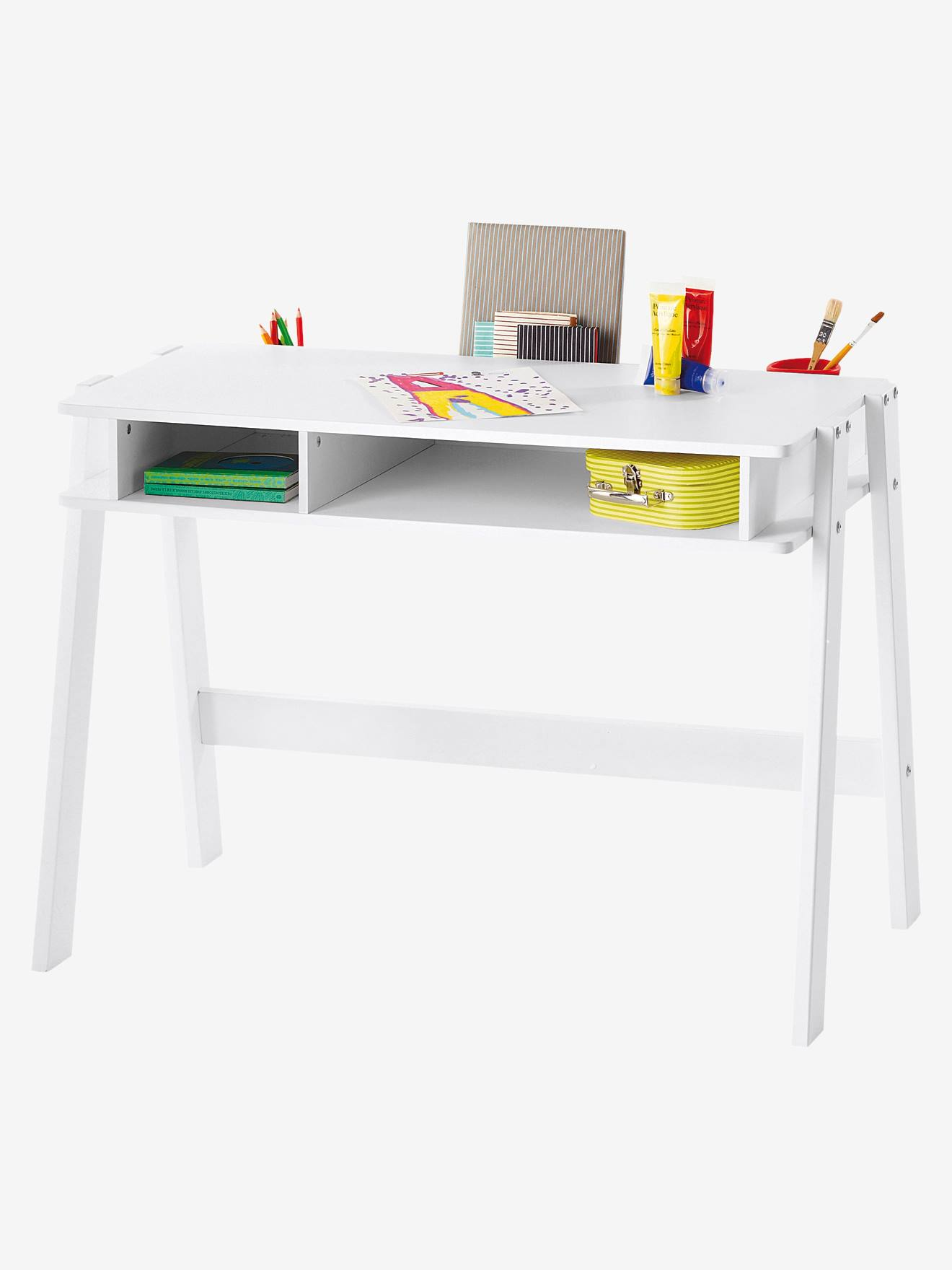 bureau junior fille chaise de bureau fille chaise mdaillon enfant en bois blanche et rose louis. Black Bedroom Furniture Sets. Home Design Ideas