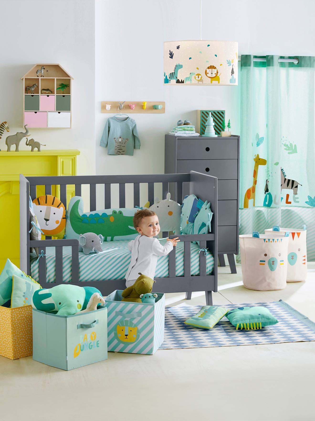 Drap-housse bébé JUNGLE PARTY vert/blanc - Vertbaudet