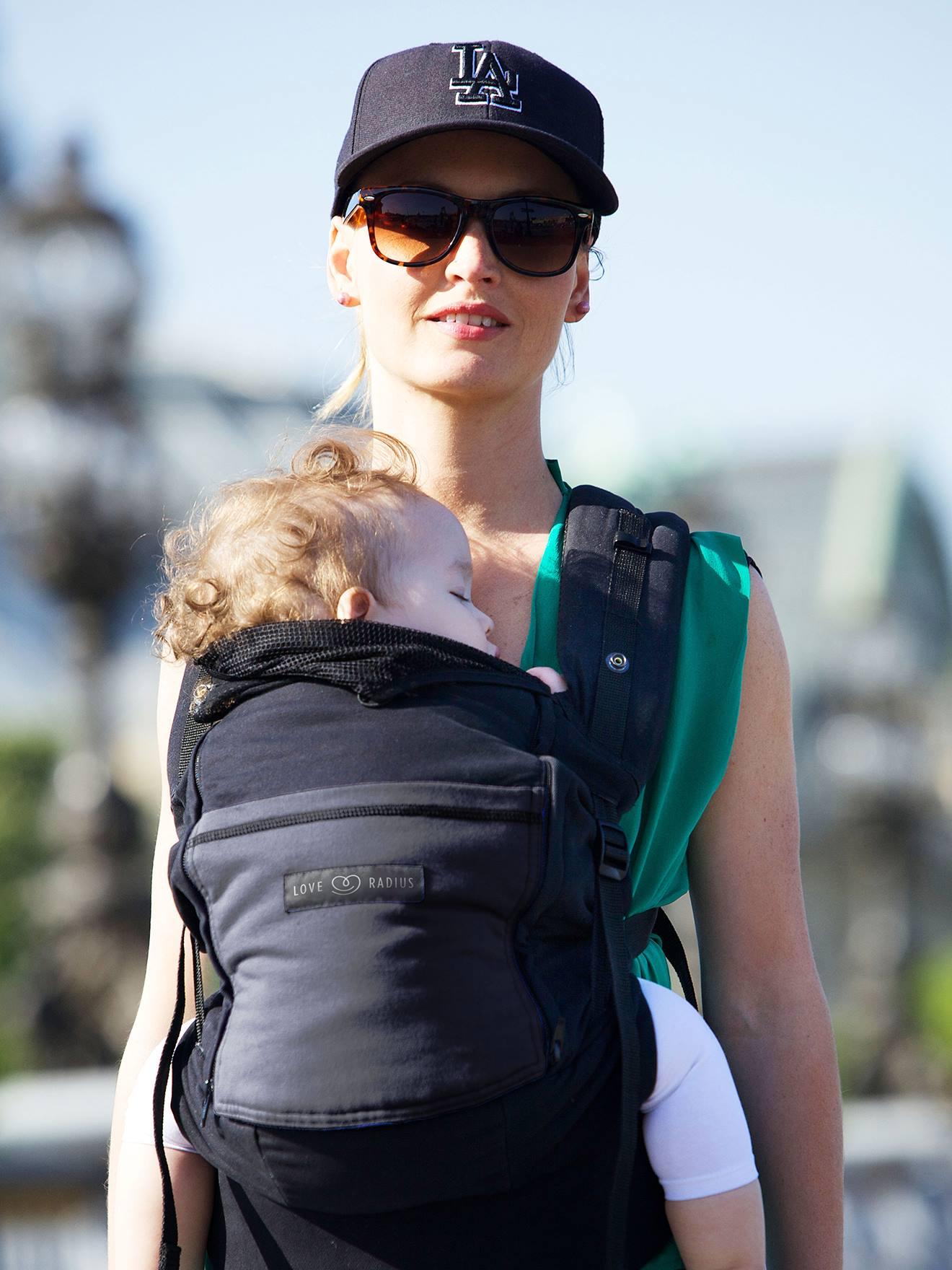 Porte-bébé Physio Carrier LOVE RADIUS BY