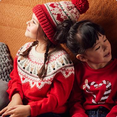 Le pull de Noël, devenu tendance de l'hiver !